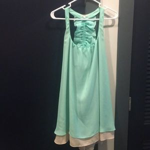 Adorable turquoise dress
